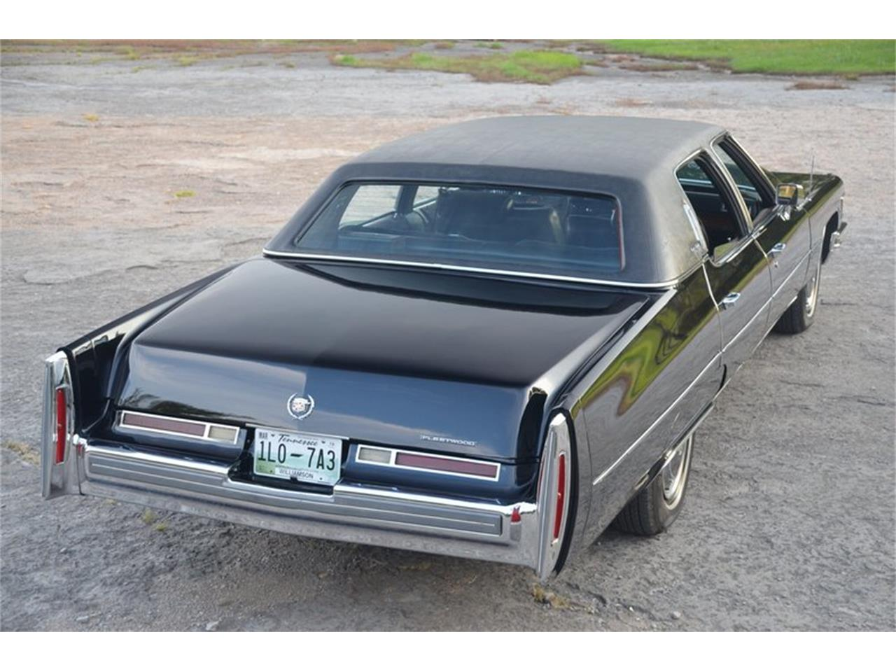 Large Picture of 1976 Cadillac Brougham located in Lebanon Tennessee Offered by Frazier Motor Car Company - NUFI