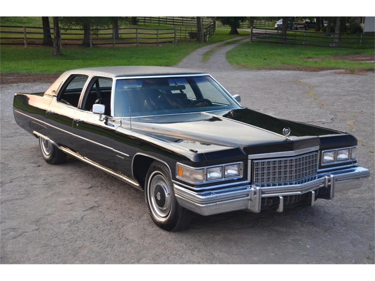 Large Picture of '76 Brougham located in Lebanon Tennessee Offered by Frazier Motor Car Company - NUFI