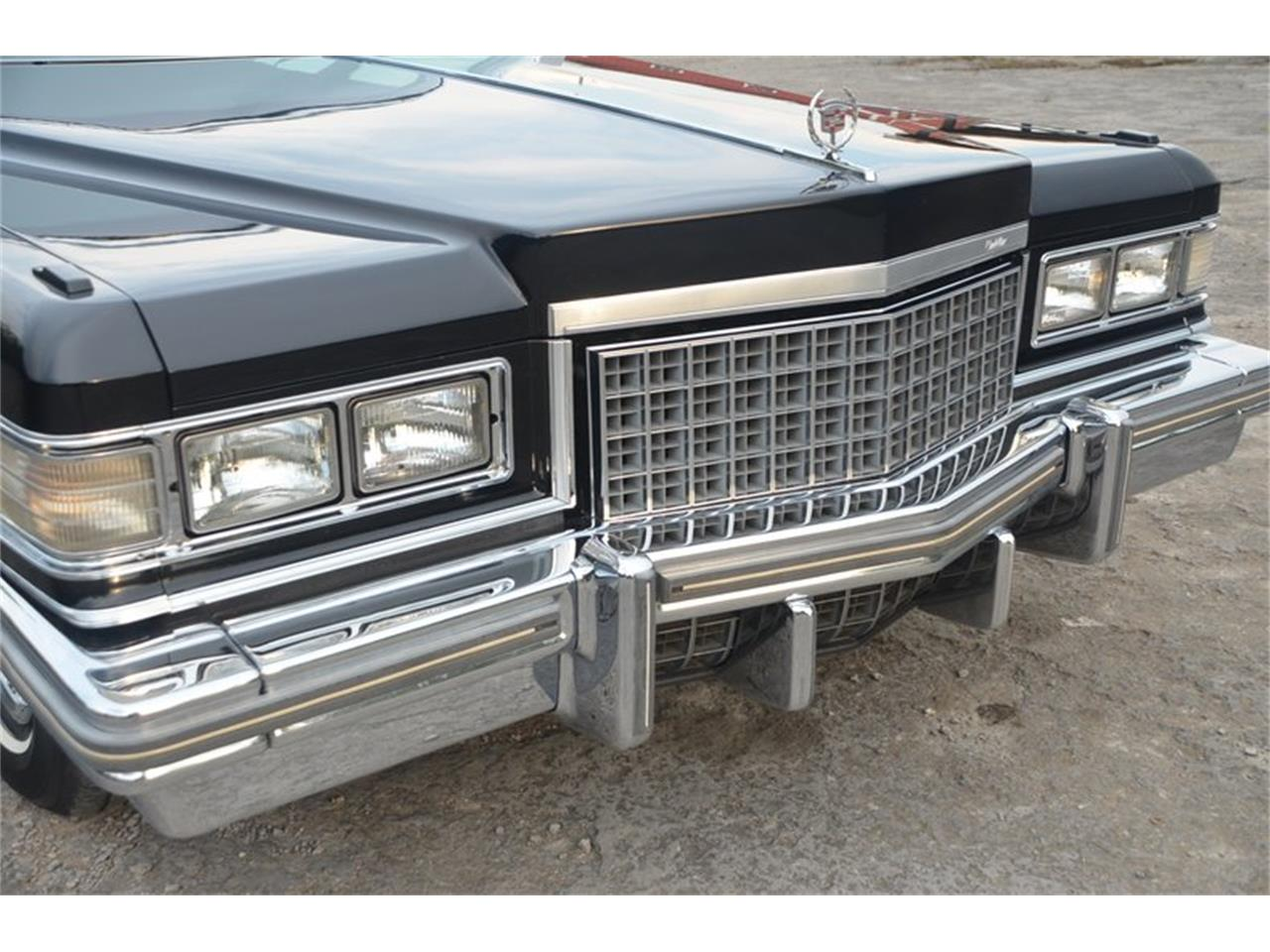 Large Picture of '76 Brougham located in Lebanon Tennessee - NUFI