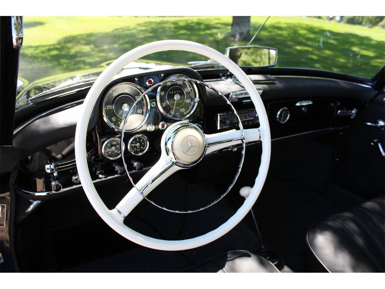 Large Picture of 1960 Mercedes-Benz 190SL Offered by Jaguar Land Rover Minneapolis - NULS