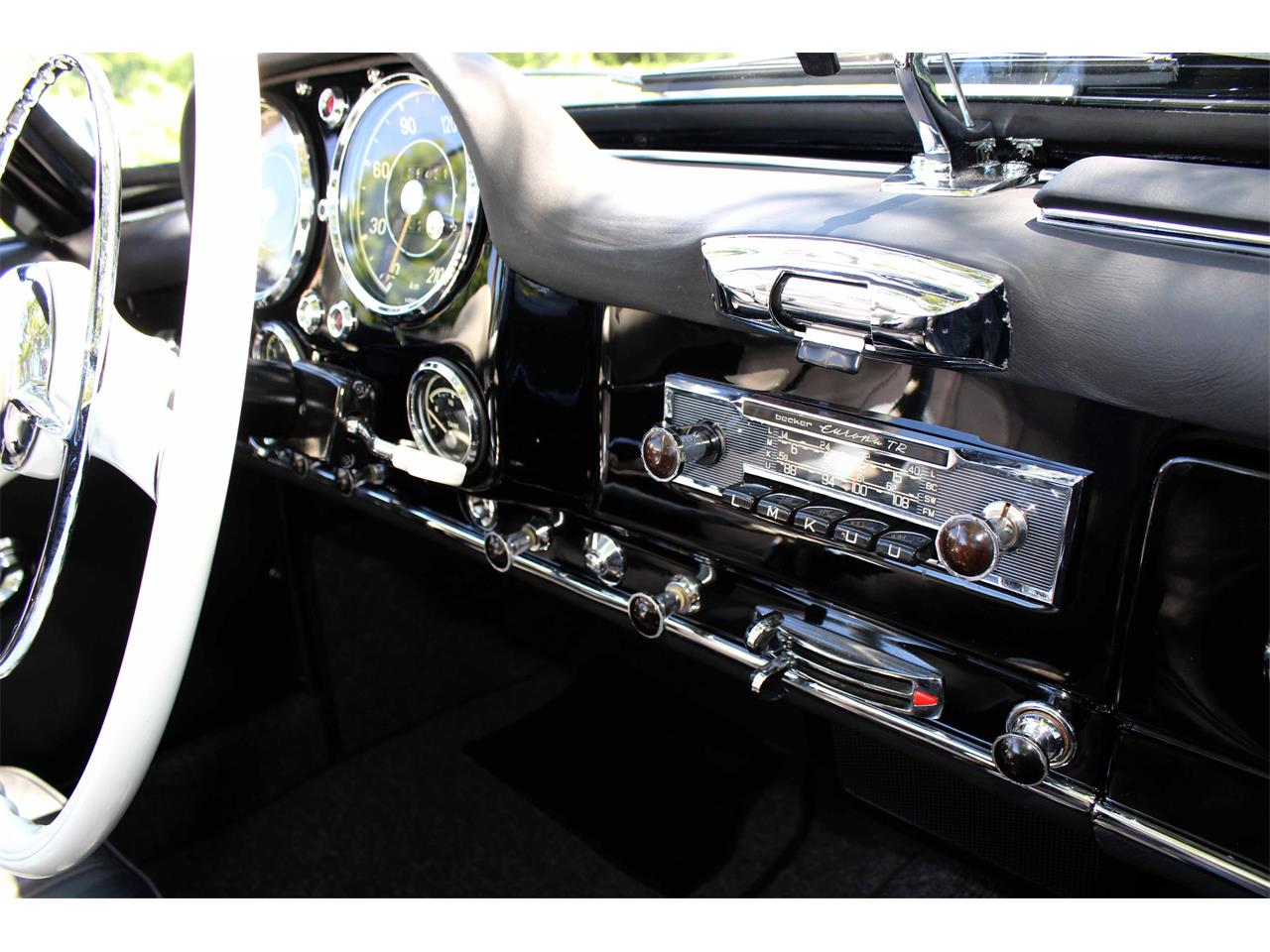 Large Picture of Classic 1960 Mercedes-Benz 190SL - $299,900.00 Offered by Jaguar Land Rover Minneapolis - NULS