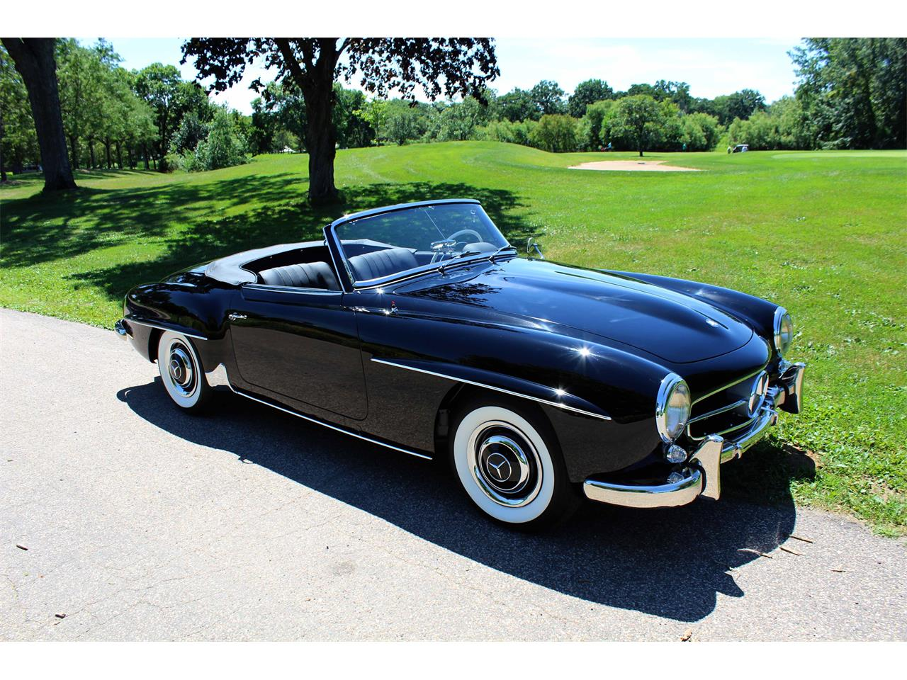 Large Picture of Classic 1960 Mercedes-Benz 190SL Offered by Jaguar Land Rover Minneapolis - NULS