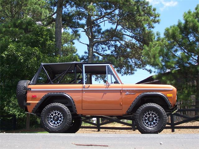 Picture of '76 Bronco - NURK