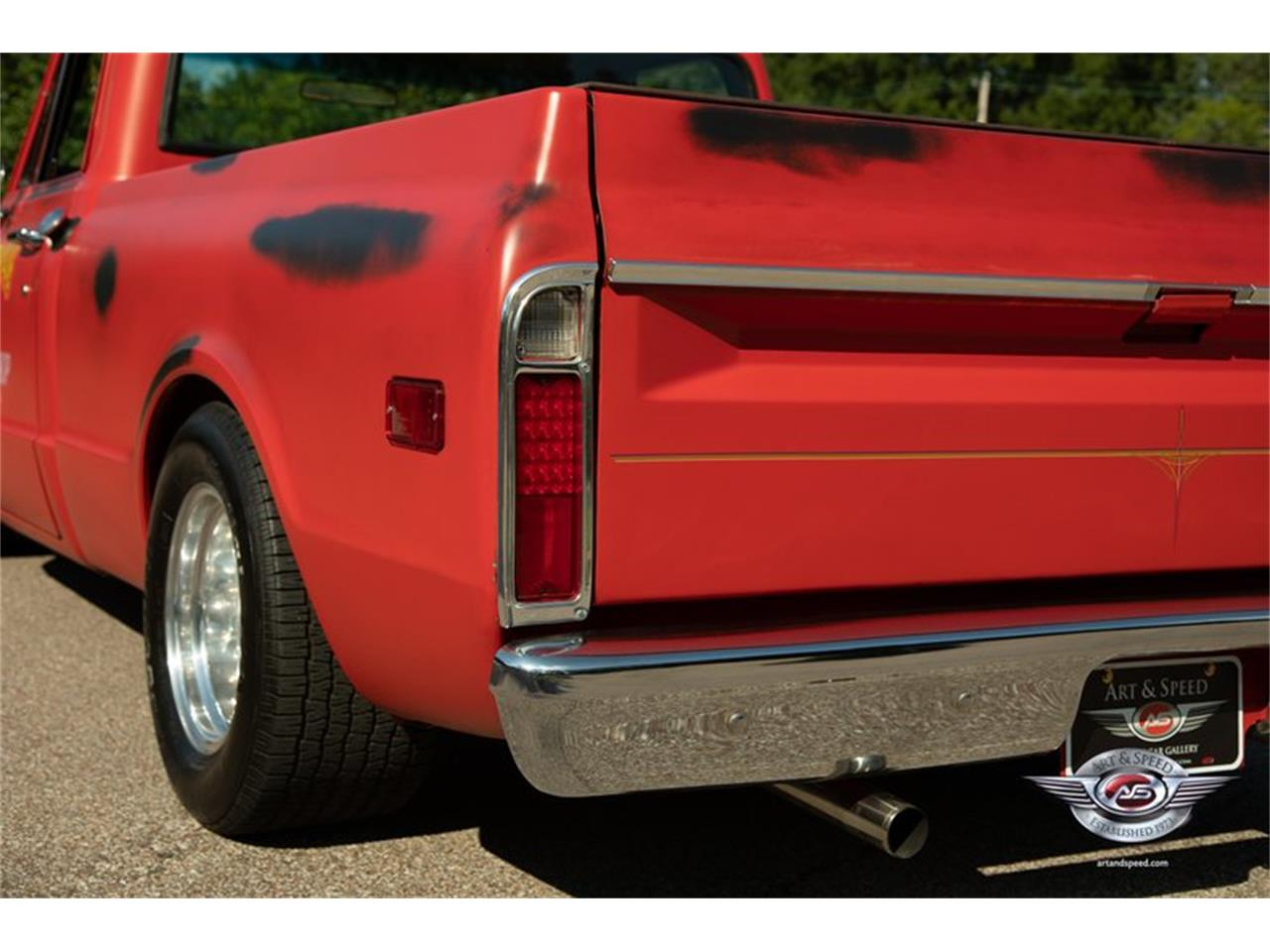 Large Picture of '68 Chevrolet C10 located in Tennessee - NUUI
