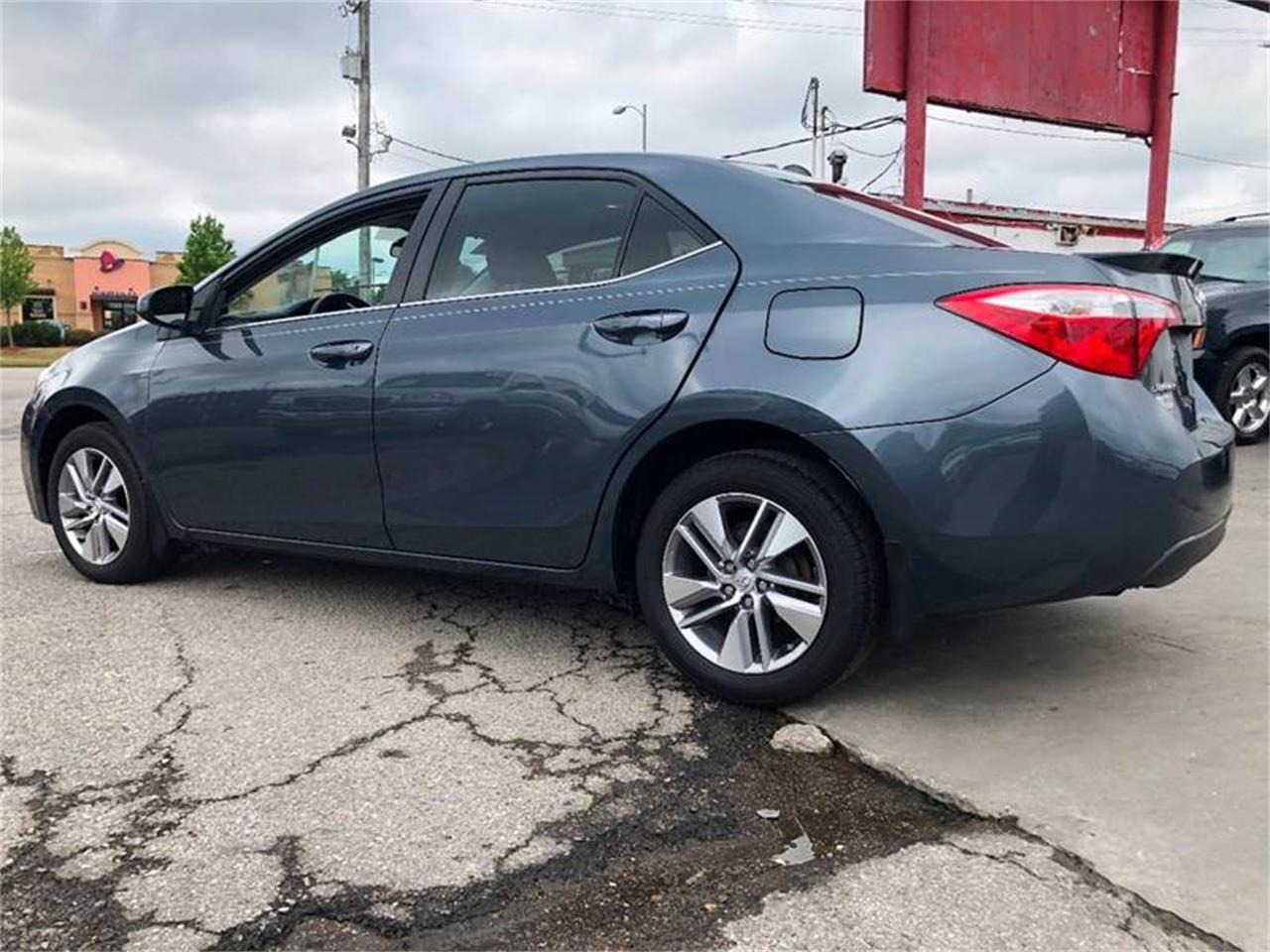 Large Picture of 2014 Toyota Corolla - NUXN