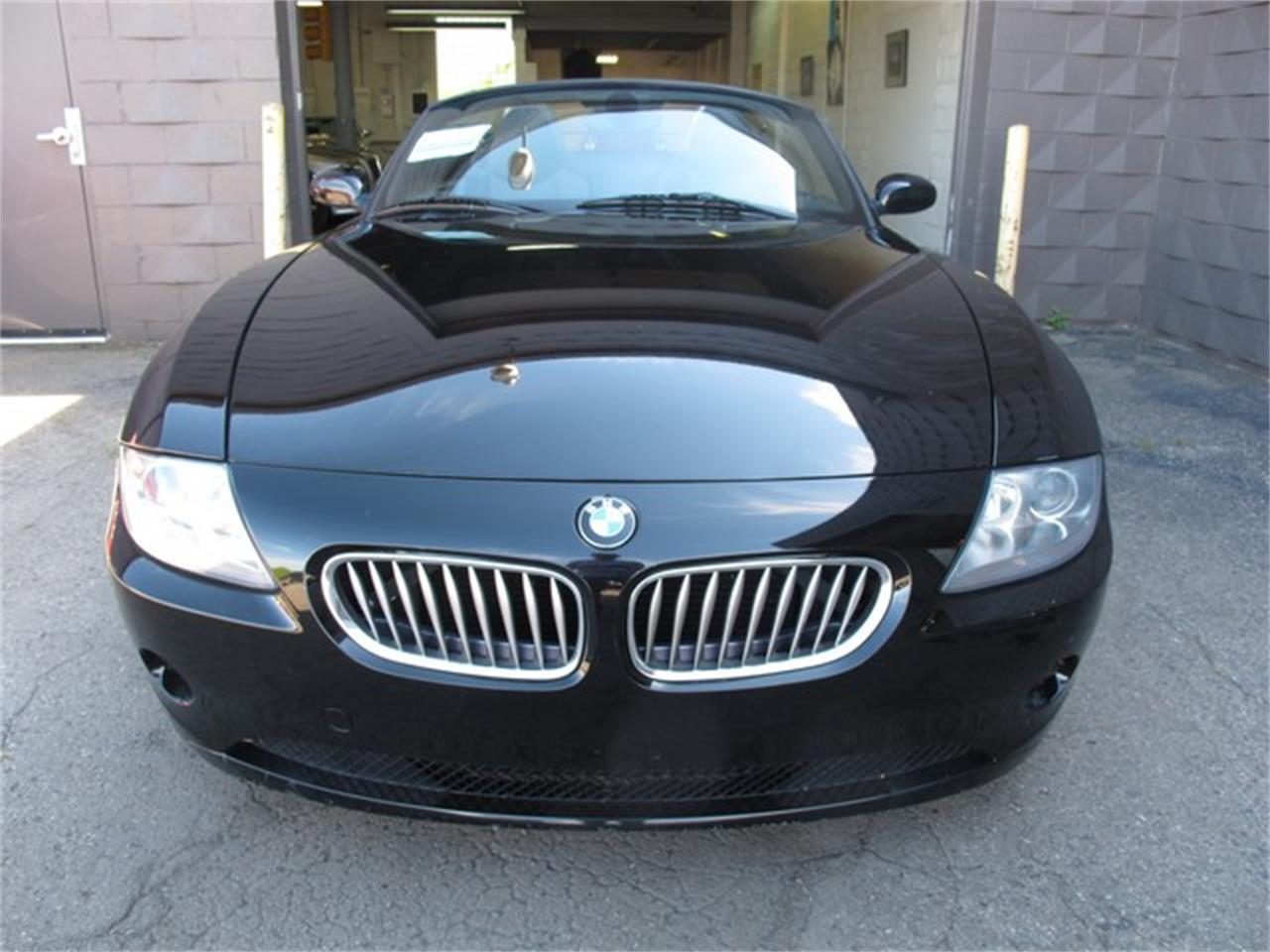 Large Picture of 2005 BMW Z4 located in Michigan - $9,950.00 - NUY8