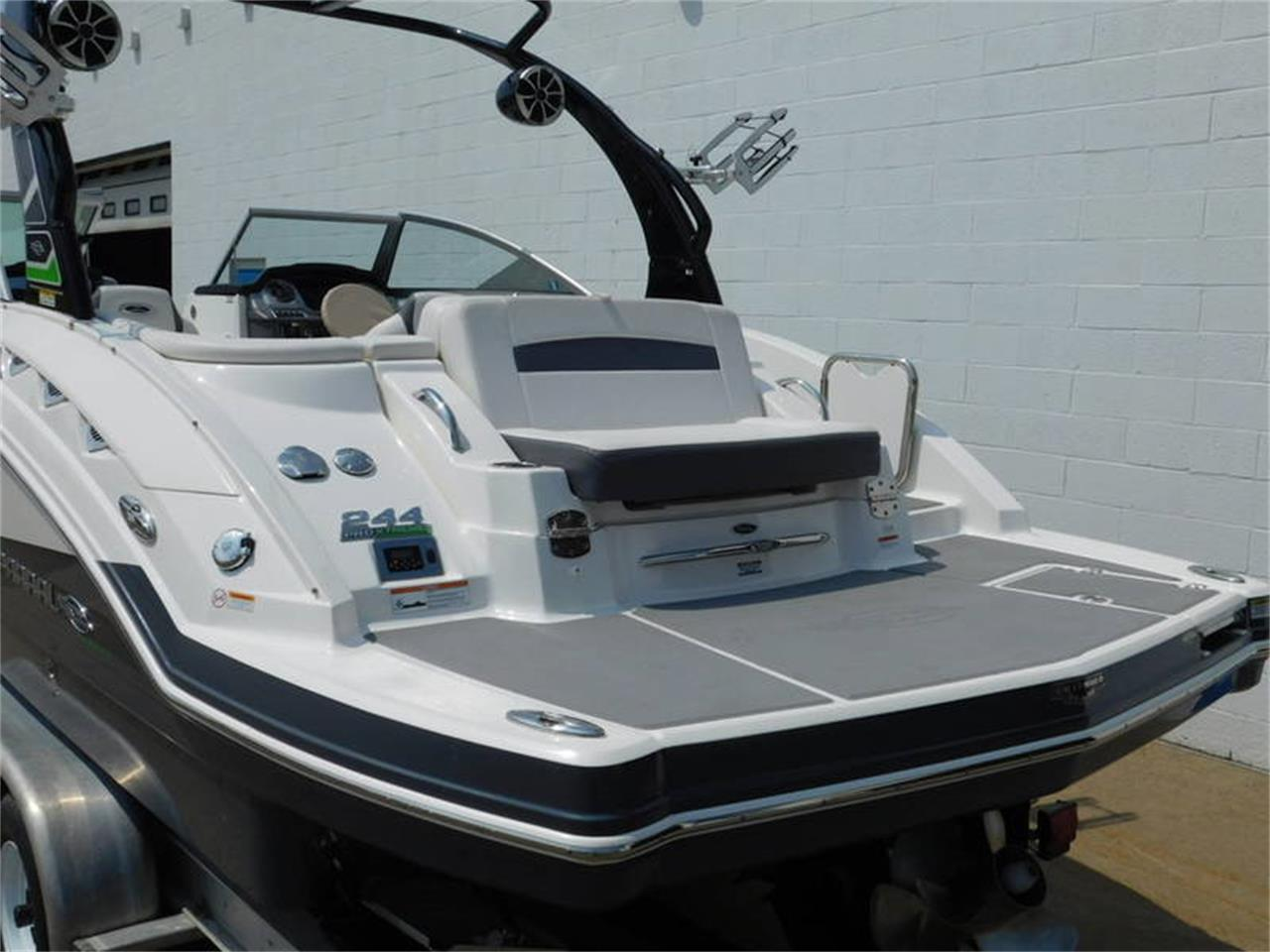 Large Picture of '14 Boat located in Hamburg New York Offered by Superior Auto Sales - NV3P
