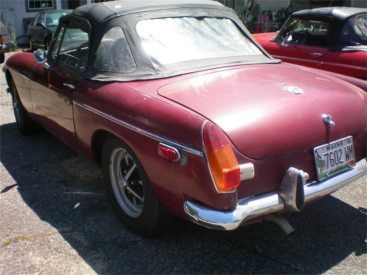 Large Picture of '74 MGB - NSR4