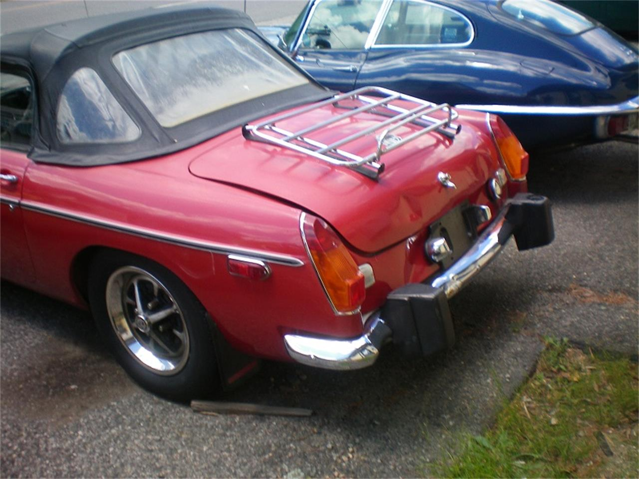 Large Picture of '74 MGB - NSR7