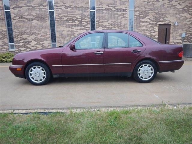 Picture of '98 E-Class - NVB5