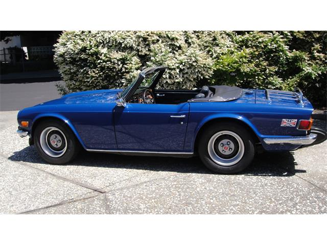 Picture of '75 TR6 - NVD8