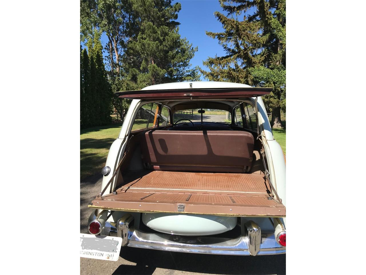 Large Picture of '51 Ford Woody Wagon located in California - NVDW