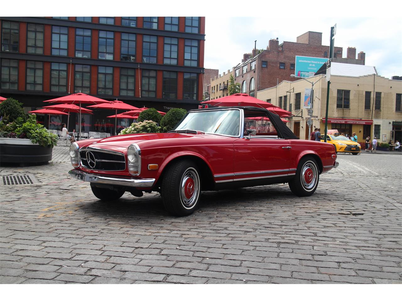 Large Picture of Classic 1968 Mercedes-Benz 280SL located in New York New York - NSS5