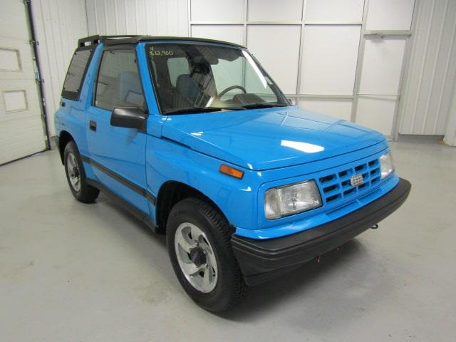 Picture of 1992 Geo Tracker - NVLY