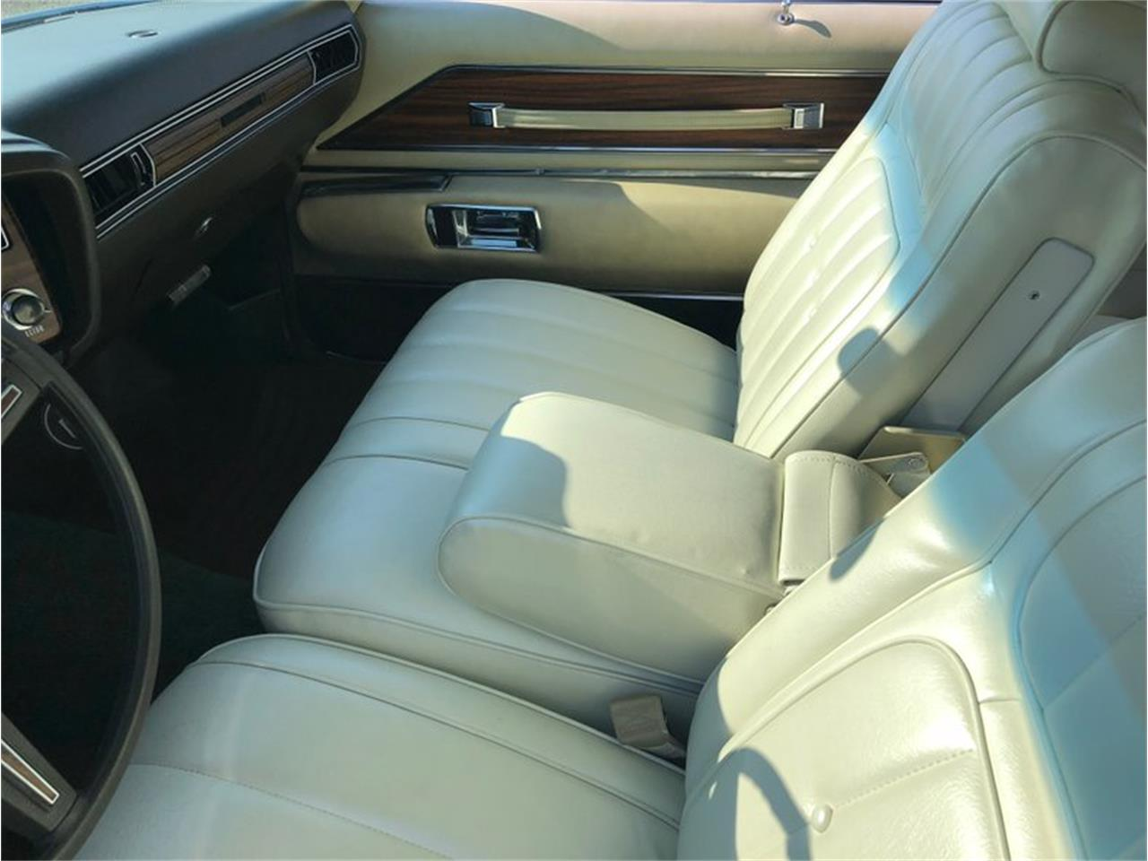 Large Picture of '73 Riviera - NVQM