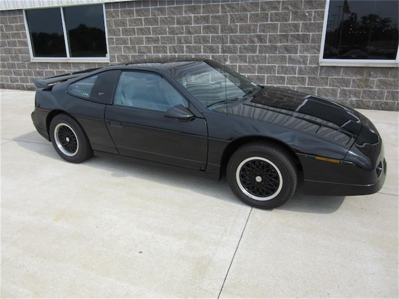 Large Picture of 1988 Pontiac Fiero located in Greenwood Indiana - $15,900.00 Offered by Ray Skillman Classic Cars - NVQQ