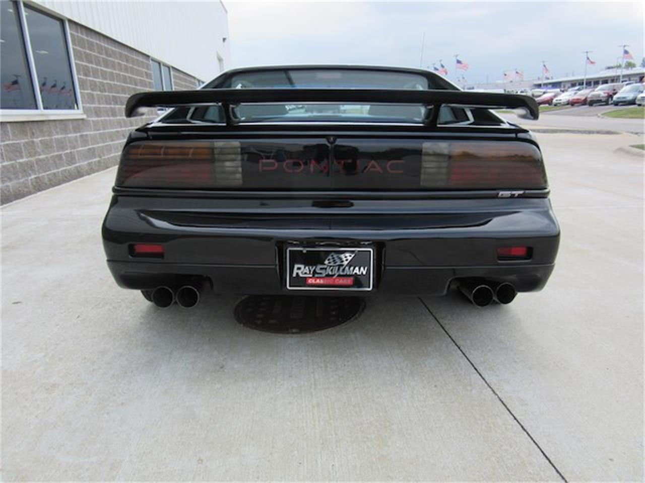 Large Picture of 1988 Pontiac Fiero located in Greenwood Indiana - $15,900.00 - NVQQ