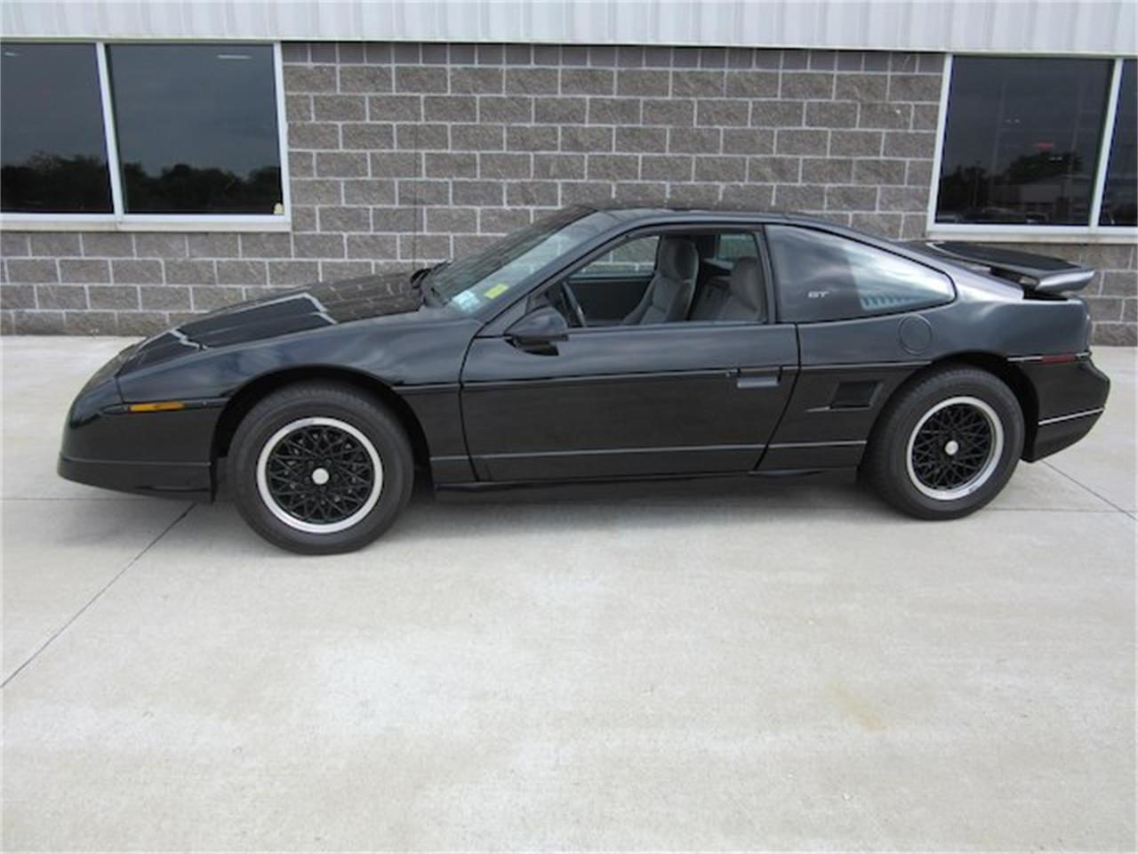 Large Picture of 1988 Fiero located in Greenwood Indiana - $15,900.00 - NVQQ