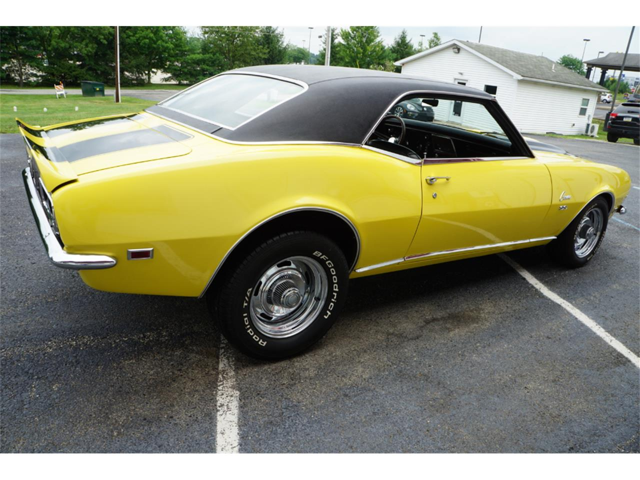 Large Picture of 1968 Camaro RS - NVVM