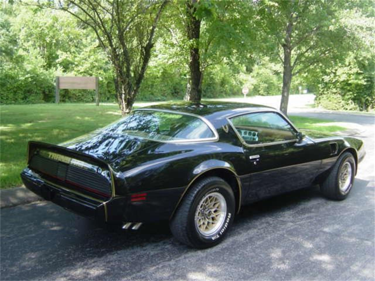 Large Picture of 1979 Firebird Trans Am located in Tennessee Offered by Maple Motors - NVYT