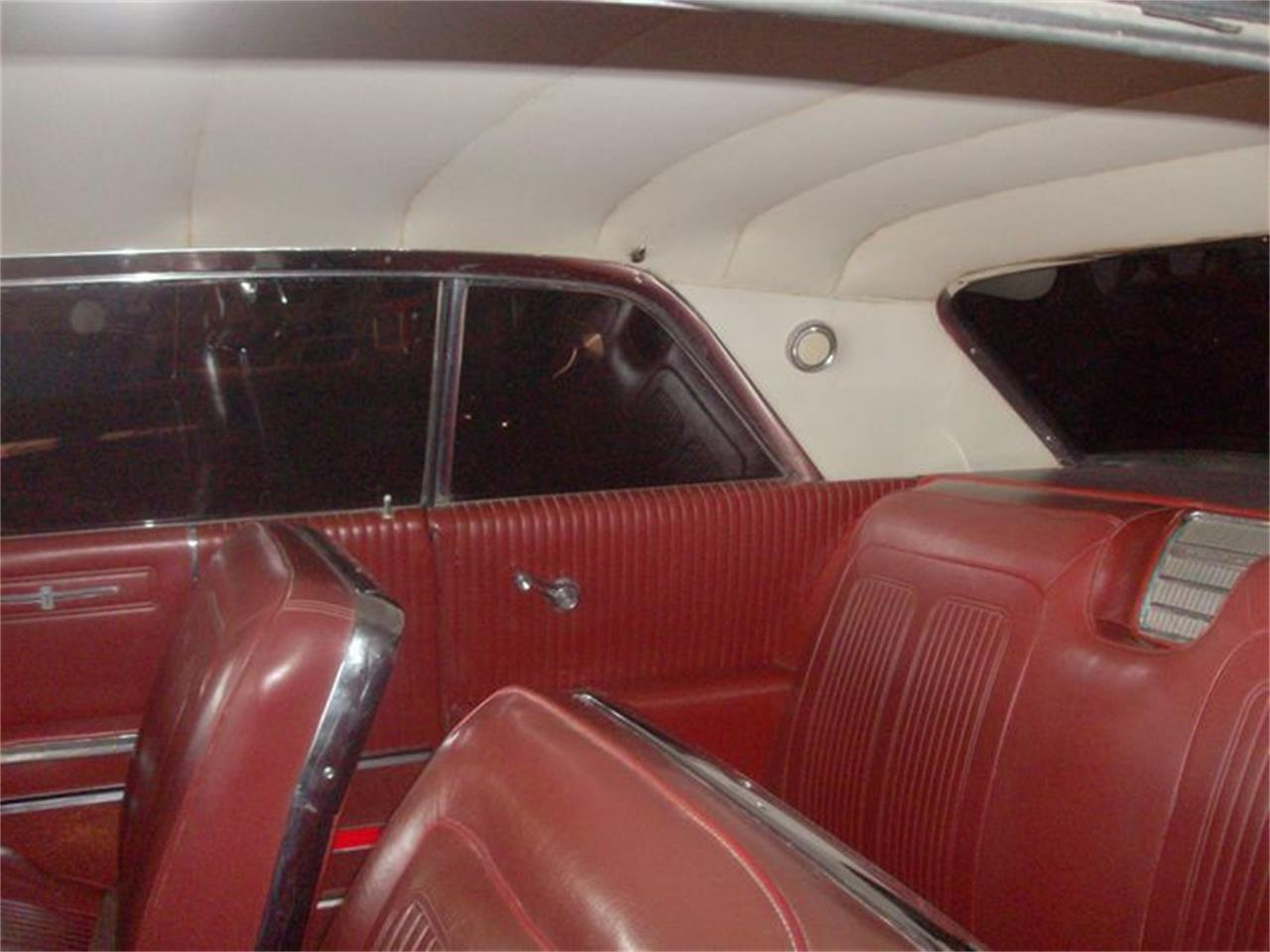 Large Picture of Classic '64 Pontiac Parisienne located in Cadillac Michigan Offered by Classic Car Deals - NW2Y