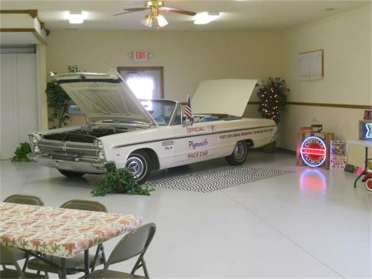 Large Picture of '65 Fury III - NWTX