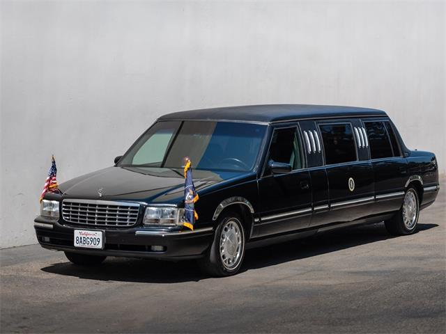 Picture of '99 Deville Presidential-Style State Limousine - NSXO