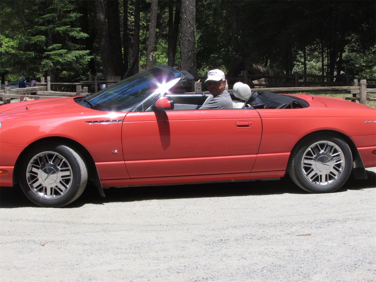 Large Picture of '03 Ford Thunderbird - NT1X