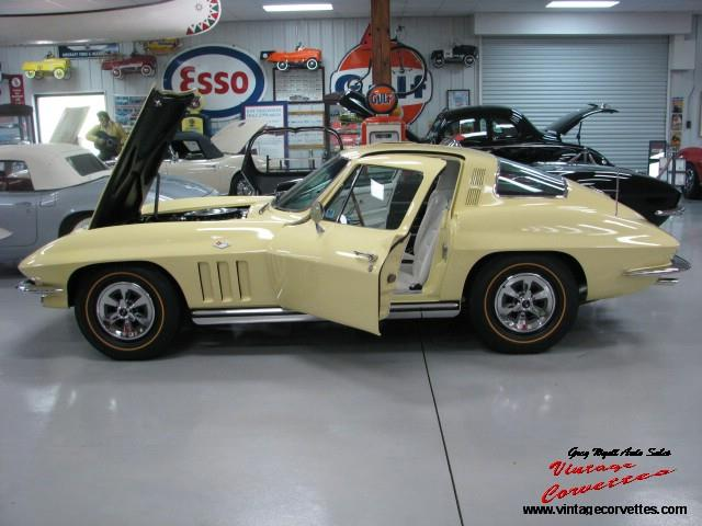 Picture of '65 Chevrolet Corvette Auction Vehicle Offered by  - NT4Z