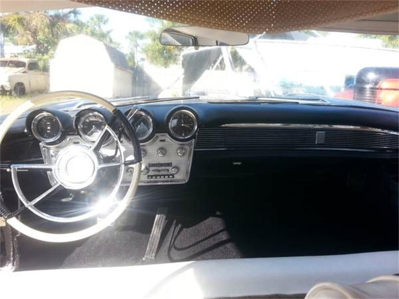 Large Picture of Classic '60 Lincoln Premiere - $20,895.00 Offered by Classic Car Deals - NZAT