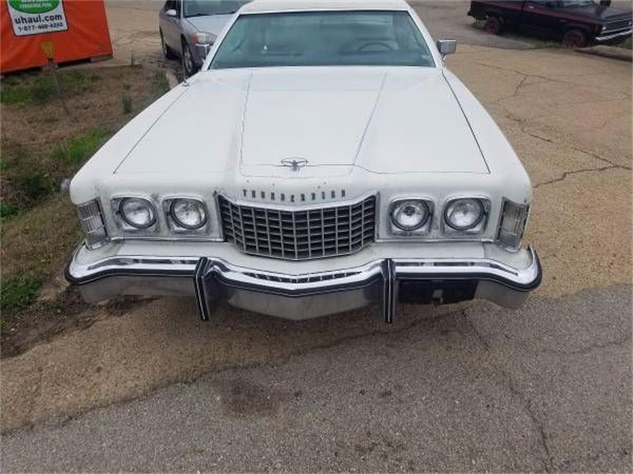 Large Picture of '75 Ford Thunderbird located in Cadillac Michigan - NZNP
