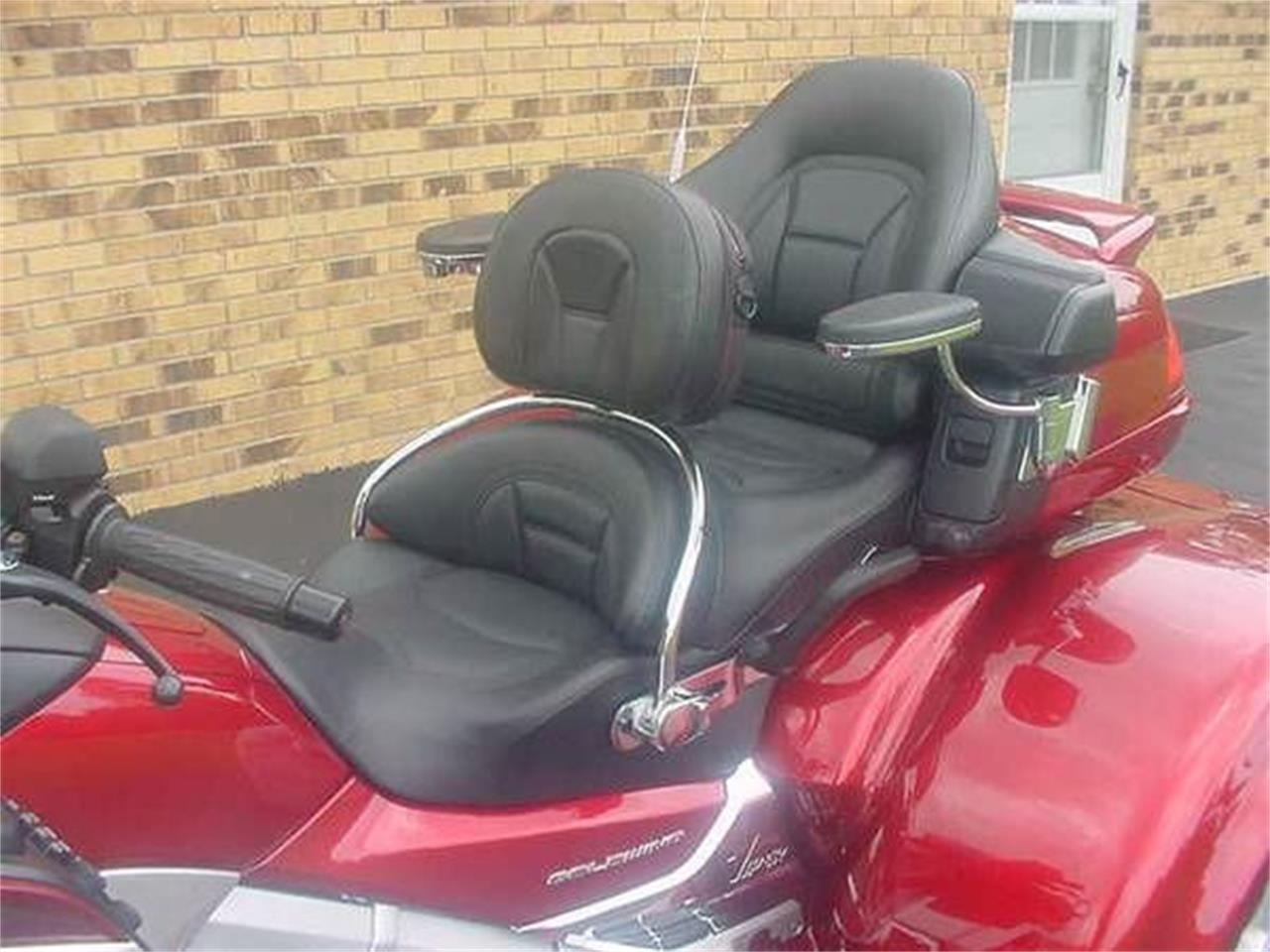 Large Picture of '12 Goldwing - O03A