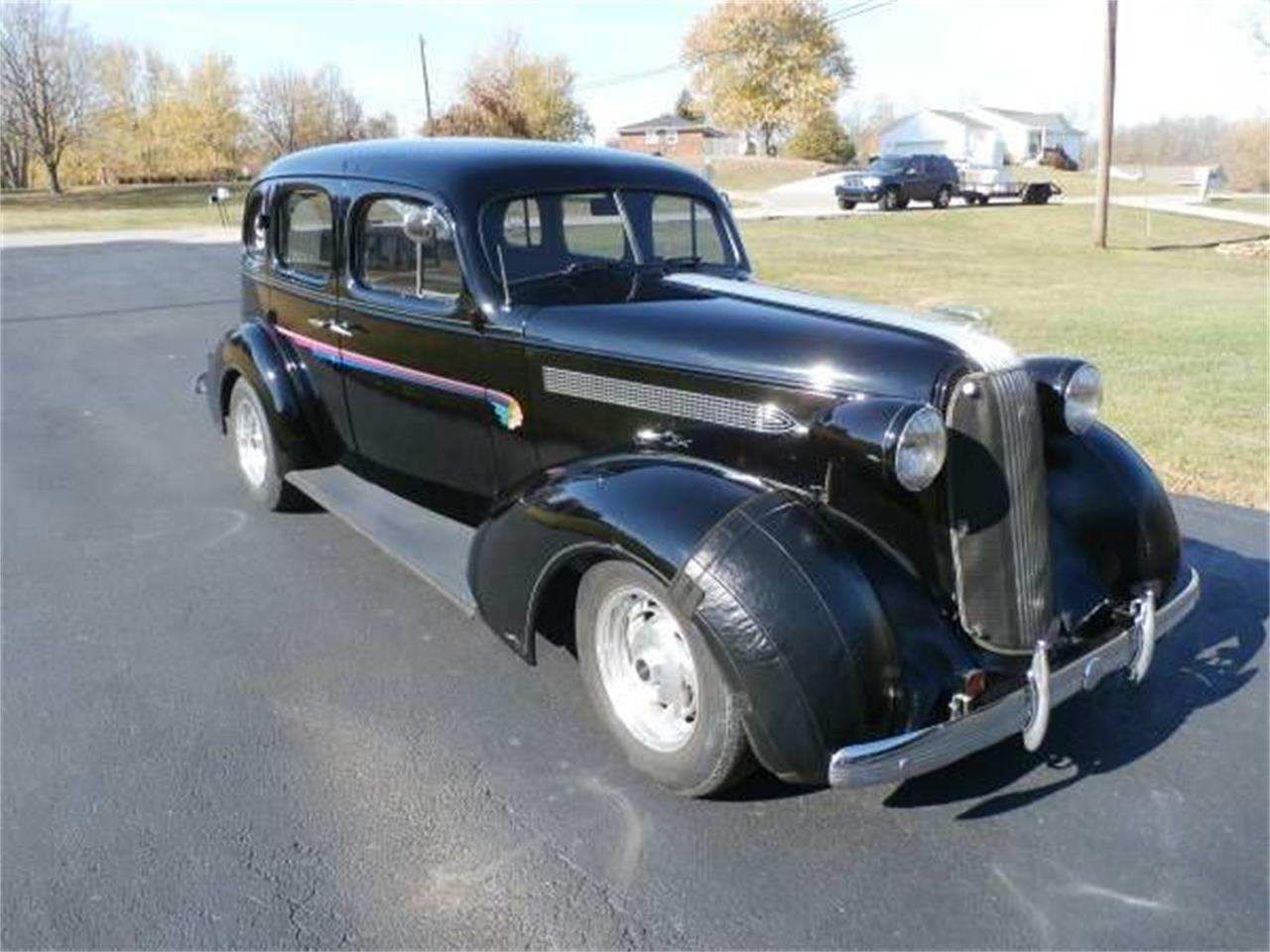 Large Picture of 1936 Pontiac Sedan located in Michigan - $26,495.00 Offered by Classic Car Deals - O03E