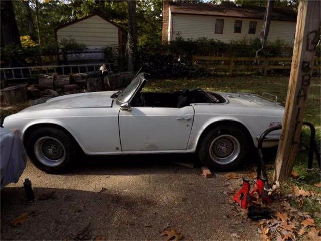 Picture of 1976 Triumph TR6 located in Michigan Offered by  - O1T6