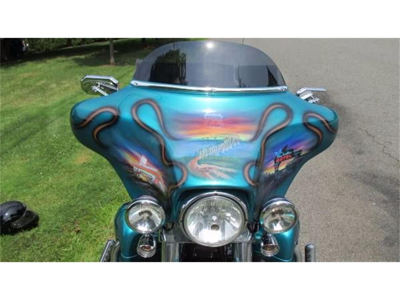Large Picture of '05 Electra Glide - O1TM