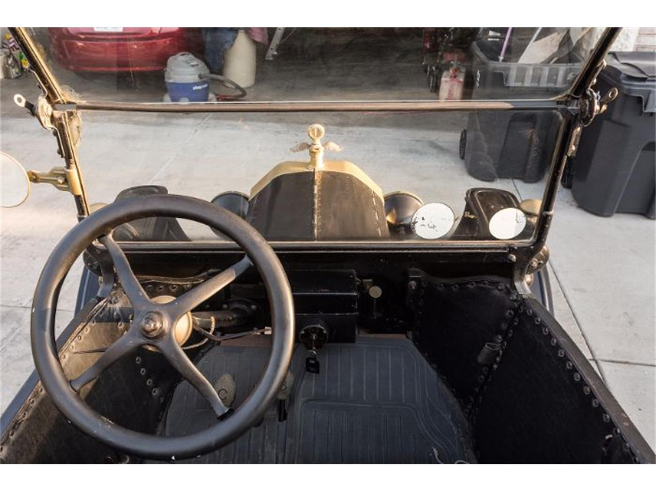 Large Picture of '15 Model T - O1XJ