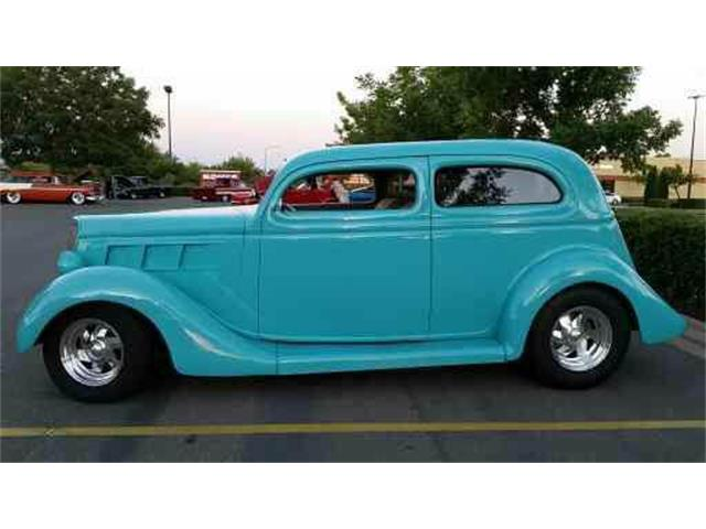 1935 Ford Slantback