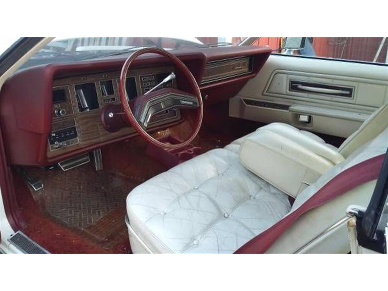 Large Picture of '75 Continental Mark IV - O2WF