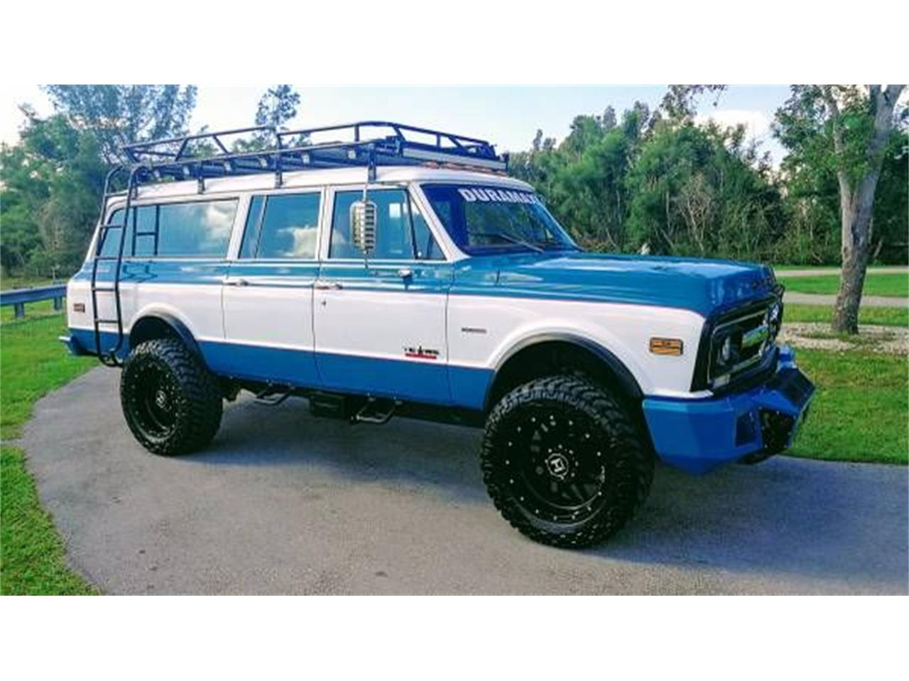 Large Picture of Classic '72 GMC Suburban located in Cadillac Michigan Offered by Classic Car Deals - O2Y7