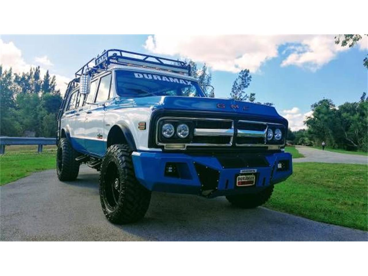 Large Picture of Classic '72 GMC Suburban - $57,995.00 Offered by Classic Car Deals - O2Y7