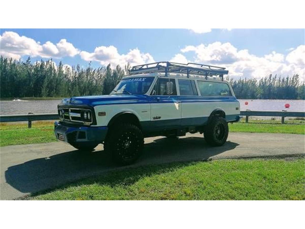 Large Picture of Classic 1972 Suburban located in Michigan - $57,995.00 - O2Y7