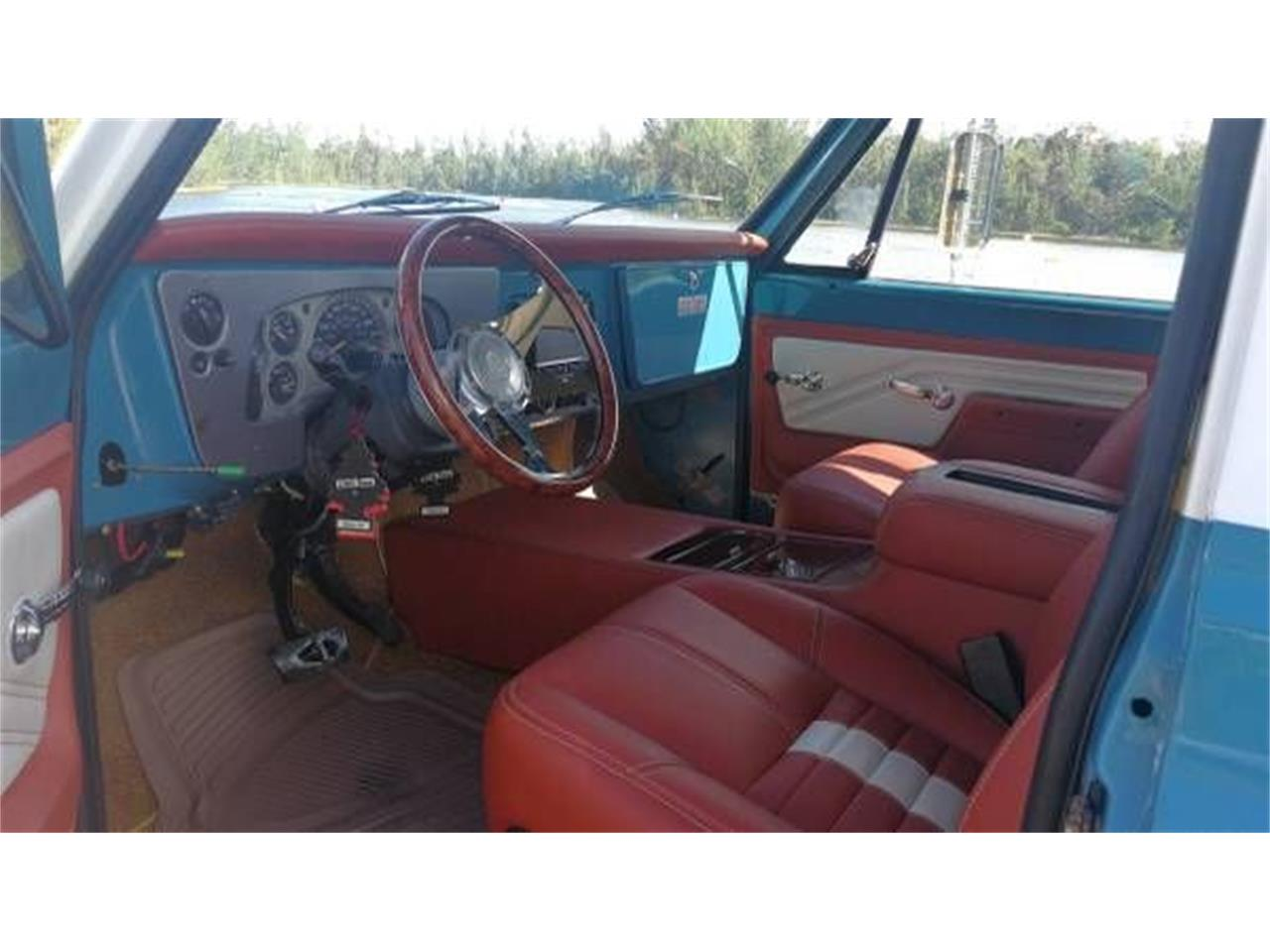 Large Picture of 1972 GMC Suburban located in Cadillac Michigan - O2Y7