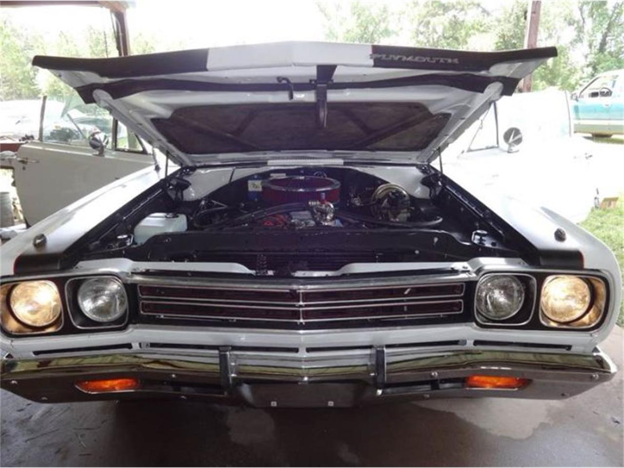 Large Picture of Classic '69 Road Runner located in Michigan - O31I