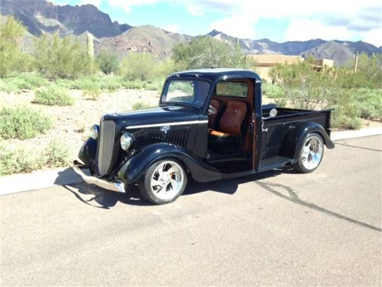 Large Picture of '35 Pickup - O3Q5