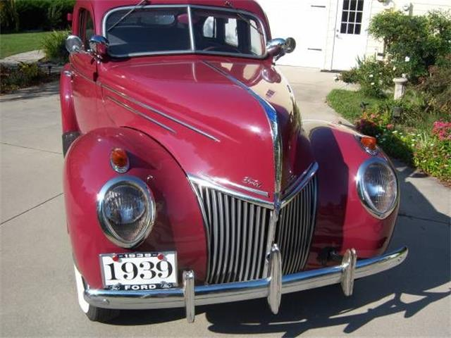 Picture of Classic '39 Deluxe - $19,995.00 Offered by  - O3VL