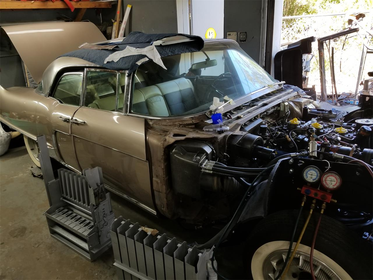 Large Picture of '58 Brougham - O4DN