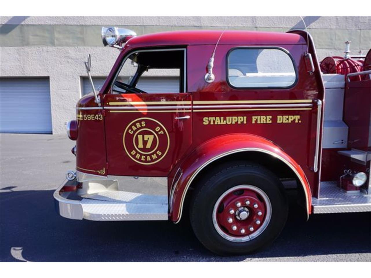 Large Picture of 1953 Fire Engine located in Boca Raton  Florida - O4GG