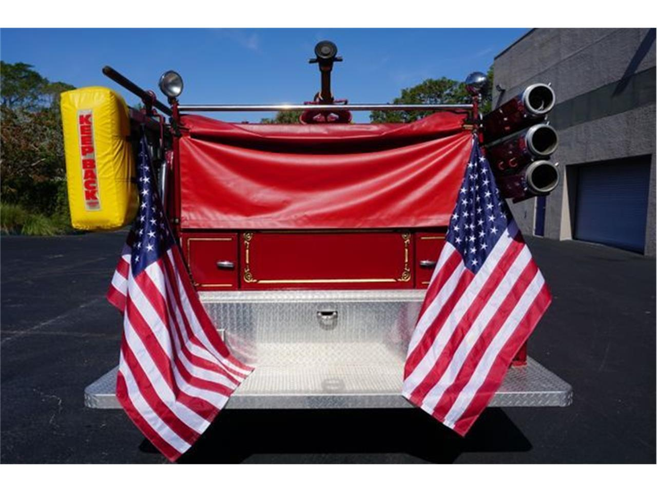 Large Picture of '53 American LaFrance Fire Engine Offered by European Autobody, Inc. - O4GG