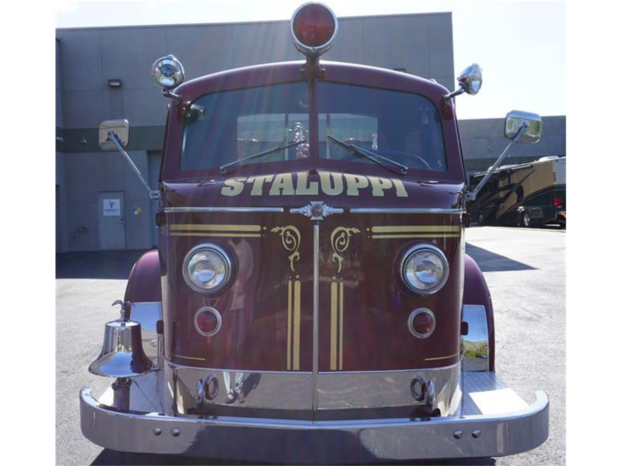 Large Picture of '53 American LaFrance Fire Engine located in Florida - O4GG