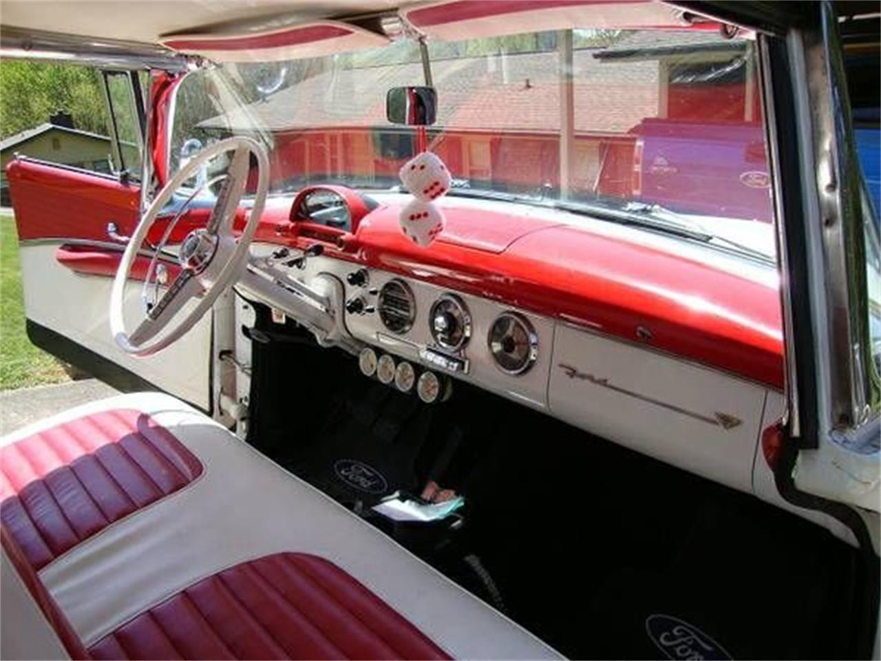 Large Picture of '55 Crown Victoria - O4JM